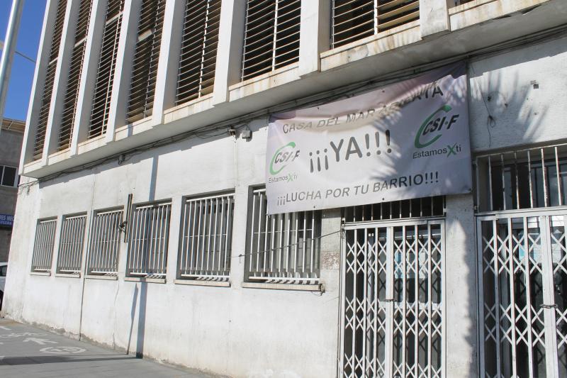 Pancarta CSIF en Casa del Mar.