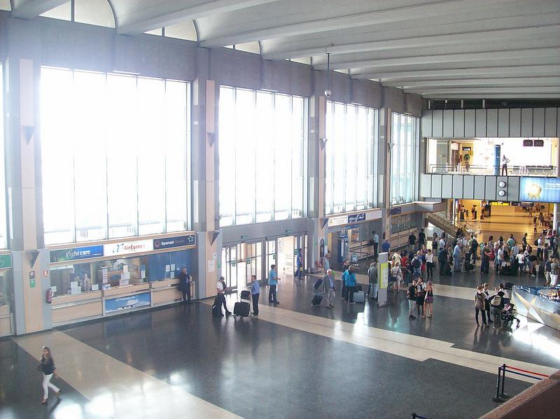 Aeropuerto de Manises. Banco de imágenes de Foter.