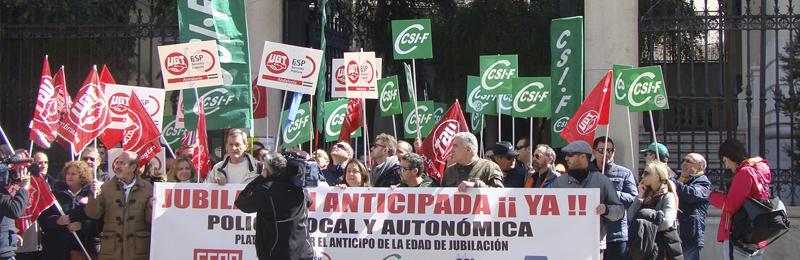 CSIF Granada se moviliza para que el Gobierno central apruebe la jubilación anticipada de los policías locales