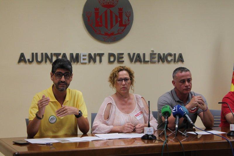 Roberto Bisbal, portavoz de Policía Local de CSI·F Valencia, durante su intervención.