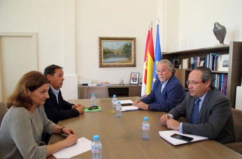 Imagen de una reunión anterior de CSIF con la Consejería de Hacienda