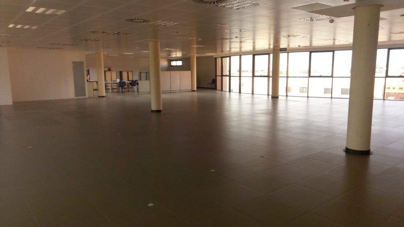 Instalaciones propuestas para oficina estatal de empleo de Paterna