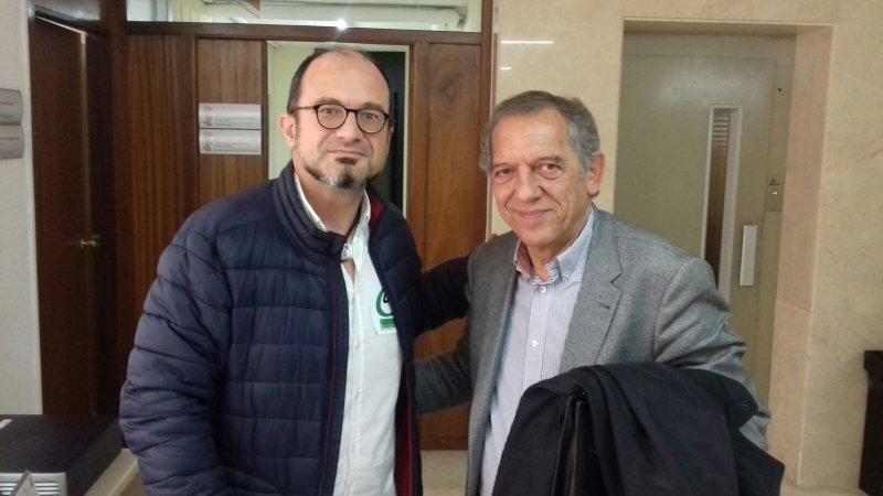 El delegado de CSIF Javier Mas con el secretario autonómico de Educación, Miquel Soler