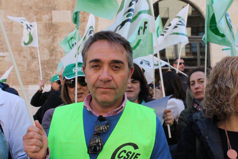 José Luis Arnau, delegado de CSIF en el Departamento de Salud Hospital Clínico-Malvarrosa