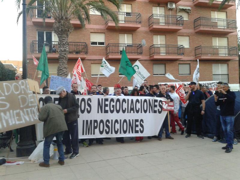 Manifestación 28 de febrero de 2017 - Ayuntamiento de Mazarón - CSI·F