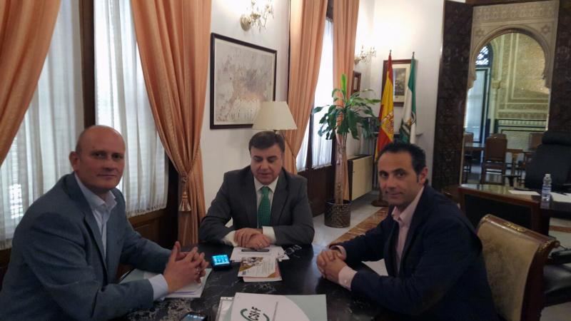 CSIF Granada propone nuevas medidas contra la falta de personal y la masificación en la prisión de Albolote