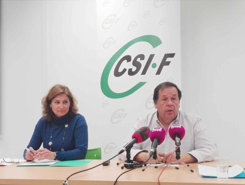 El presidente de CSIF de Castilla-La Mancha, Julio Retamosa, y la secretaria de Negociación, Victoria Ortiz