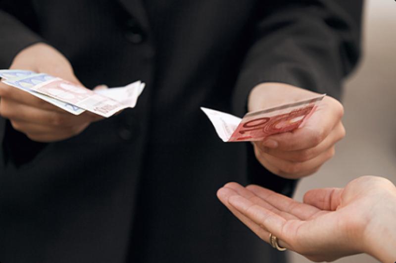 Cataluña - Pago atrasos 10% paga extra 2013