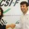 Firma del acuerdo entre Marisol Luna (secretaria de Acción Social CSIF-A) y Pepe García de la Rosa (director comercial Medac)