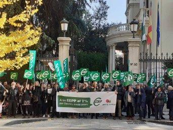 CSIF Granada protesta subida salarial 2% EEPP