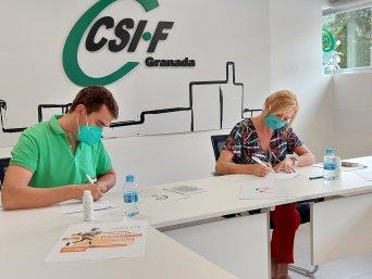 Firma del acuerdo entre CSIF Granada y los organizadores del evento solidario Andrés Prieto