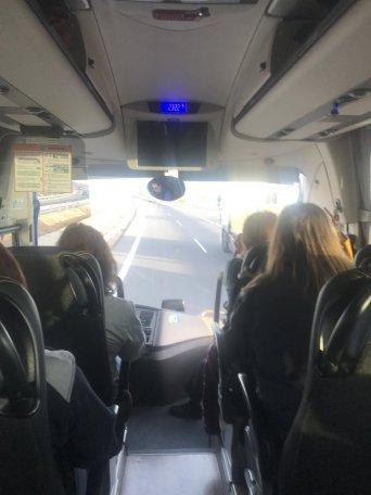 Uno de los nueve autobuses desplazados a Madrid desde la Comunidad Valenciana