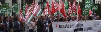 CSIF Granada protesta para exigir el cumplimiento del acuerdo para la mejora del empleo público en la Administración General del Estado