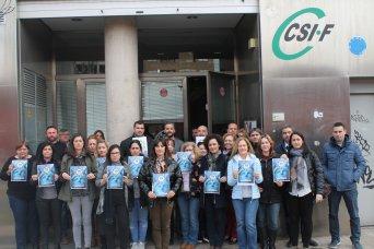 Concentración ante la sede de CSIF Comunidad Valenciana
