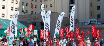 Tercera jornada de protestas para reclamar el pago íntegro del complemento de rendimiento al personal de la sanidad