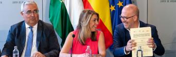 """Heredia califica de """"histórico"""" el acuerdo firmado con la presidenta y valora """"la recuperación casi total de los derechos perdidos por la crisis"""""""