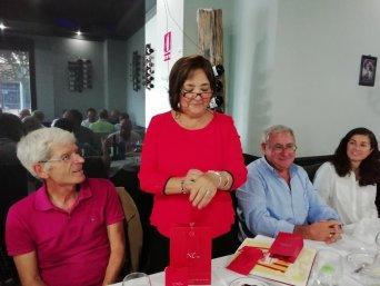 Concha Parra, acompañada de su marido, y del presidente y la vicepresidenta autonómicos del sindicato