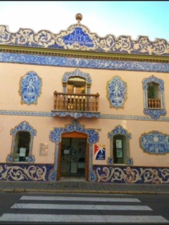Edificio que alberga el juzgado de paz de Manises
