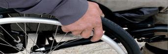 Trabajadores de Rober piden la reparación de las rampas para personas con movilidad reducida