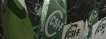 CSIF lleva sus protestas al hospital de Baza ante la sobrecarga de trabajo que sufren los trabajadores