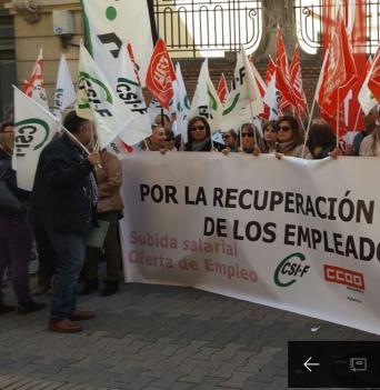 Concentrados por la recuperación de los derechos perdidos de los empleados públicos