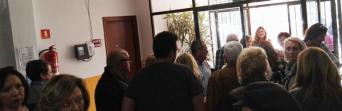 Trabajadores, esta mañana, tras la reunión con representantes de Diputación