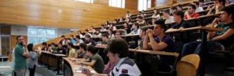 Cada día se pierde un profesor en la universidad pública, mientras la privada gana cuatro