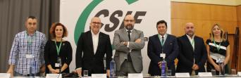 Los miembros del nuevo Comité Ejecutivo provincial, junto a los presidentes nacional y autonómico de CSIF