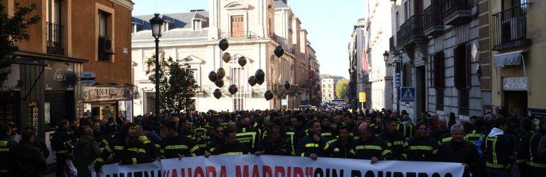 """MANIFESTACIÓN - CARMENA """"AHORA MADRID"""" SIN BOMBEROS - 21/11/2017"""