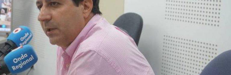 En la imagen, Juan Miguel López, durante la entrevista en Onda Regional